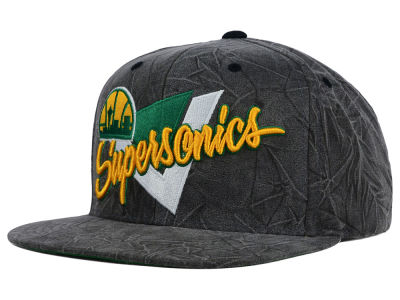 Seattle SuperSonics Mitchell and Ness NBA Creased Script Snapback Cap