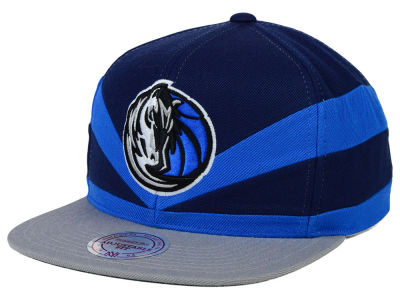 Dallas Mavericks Mitchell and Ness NBA Slasher Snapback Cap
