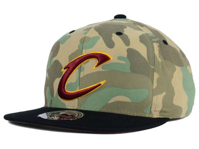 Cleveland Cavaliers Mitchell and Ness NBA Ambush Fitted Cap