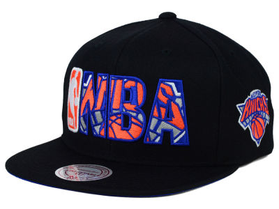 New York Knicks Mitchell and Ness NBA Insider Snapback Cap