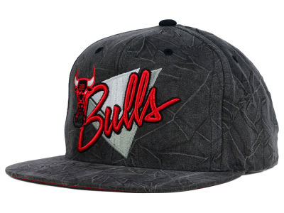 Chicago Bulls Mitchell and Ness NBA Creased Script Snapback Cap