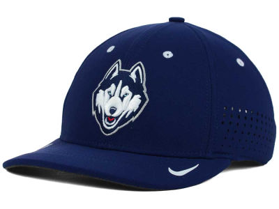 Connecticut Huskies Nike NCAA Sideline Cap