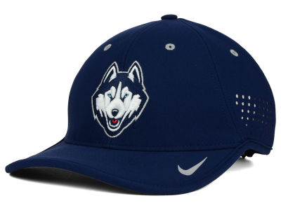 Connecticut Huskies Nike NCAA Dri-FIT Coaches Cap