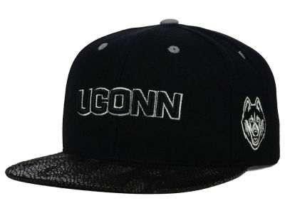 Connecticut Huskies Top of the World NCAA Bitten Snapback Cap