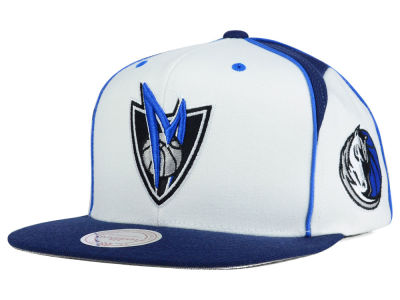 Dallas Mavericks Mitchell & Ness NBA Game Day Snapback Cap