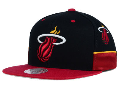 Miami Heat Mitchell and Ness NBA Game Day Snapback Cap