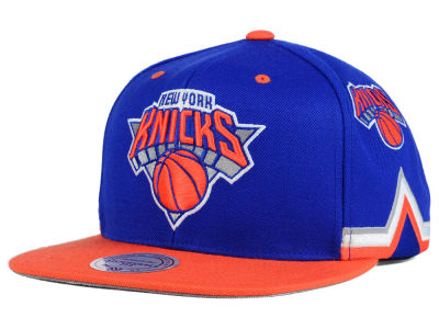 New York Knicks Mitchell and Ness NBA Game Day Snapback Cap