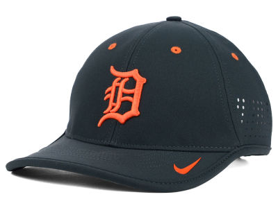 Detroit Tigers Nike MLB Vapor Swoosh Adjustable Cap