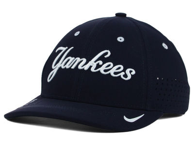 New York Yankees Nike MLB Vapor SwooshFlex Cap