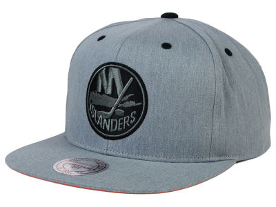 New York Islanders Mitchell and Ness NHL Broad Street Snapback Cap