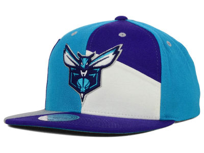 Charlotte Hornets Mitchell and Ness NBA Cut & Sew Snapback Cap