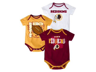 Washington Redskins NFL Infant 3 Point Spread Body Suit Set