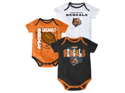 Cincinnati Bengals NFL Newborn 3 Point Spread Body Suit Set