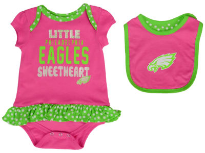 Philadelphia Eagles NFL Infant Little Sweet Bib & Bootie Set