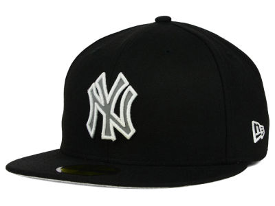 New York Yankees New Era MLB Black on Reflective 59FIFTY Cap