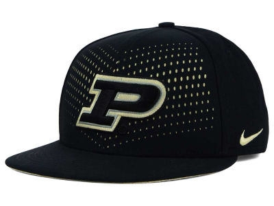 Purdue Boilermakers Nike NCAA True Seasonal Snapback Cap