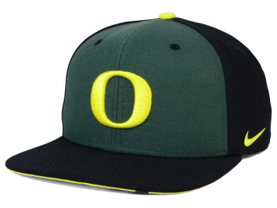 Oregon Ducks Nike NCAA Pro Verbiage Snapback Cap