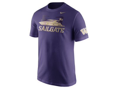 Washington Huskies Nike NCAA Men's Campus Elements T-Shirt