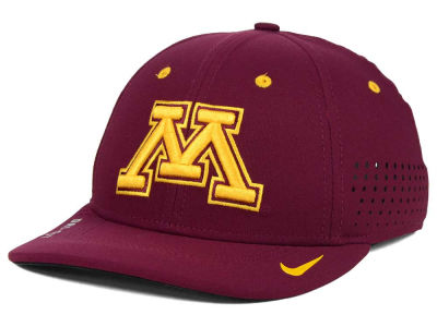 Minnesota Golden Gophers Nike NCAA Sideline Cap