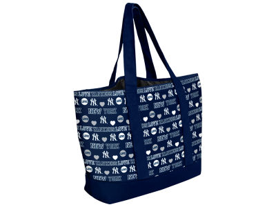 New York Yankees Love Print Weekend Tote