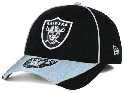 Oakland Raiders New Era NFL Hex Charge 39THIRTY Cap
