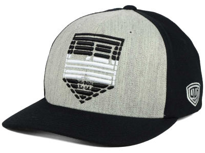 Los Angeles Kings Old Time Hockey NHL Win Streak Flex Hat