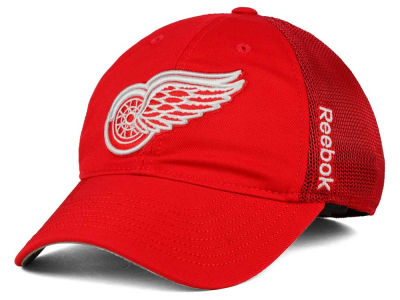 Detroit Red Wings Reebok NHL 2015 Player Mesh Slouch Cap