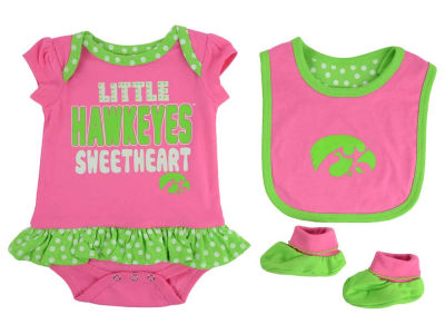 Iowa Hawkeyes NCAA Newborn Girls Pink Little Sweet Set
