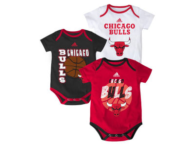 Chicago Bulls NBA Newborn 3 Point Play Creeper Set