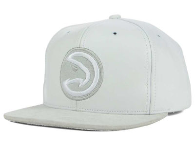 Atlanta Hawks Mitchell & Ness NBA All White Lux Collection Cap