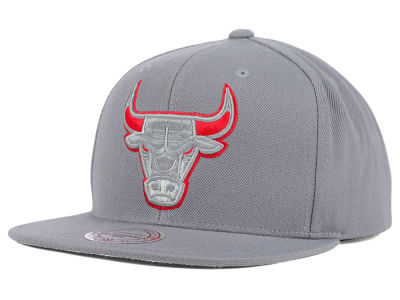 Chicago Bulls Mitchell and Ness NBA Undeterred Snapback Cap