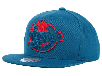 Detroit Pistons Mitchell and Ness NBA Undeterred Snapback Cap