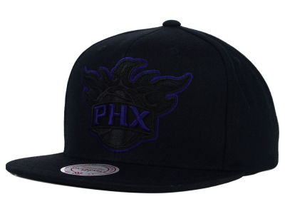 Phoenix Suns Mitchell and Ness NBA Undeterred Snapback Cap