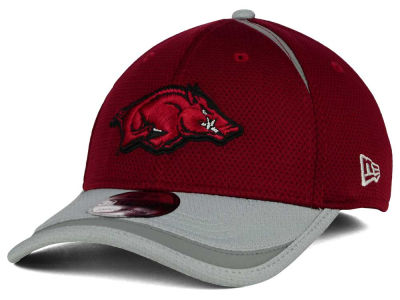 Arkansas Razorbacks New Era NCAA Stripe Stretch 39THIRTY Cap