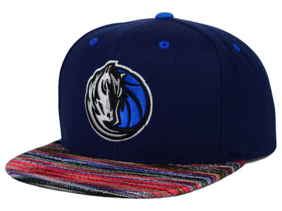 Dallas Mavericks Mitchell & Ness NBA Space Knit Team Color Snapback Cap