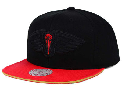 New Orleans Pelicans Mitchell and Ness NBA XL Blackout Snapback Cap
