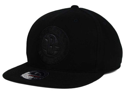 Brooklyn Nets Mitchell and Ness NBA Leather Logo Fitted Cap