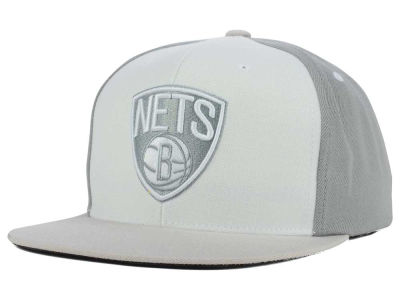 Brooklyn Nets Mitchell and Ness NBA White Wall Snapback Cap