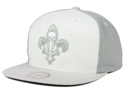 New Orleans Pelicans Mitchell & Ness NBA White Wall Snapback Cap