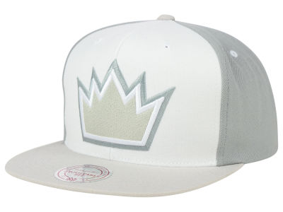 Sacramento Kings Mitchell and Ness NBA White Wall Snapback Cap