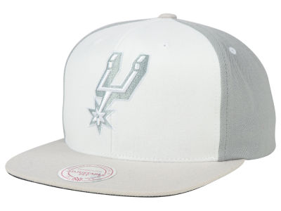 San Antonio Spurs Mitchell and Ness NBA White Wall Snapback Cap