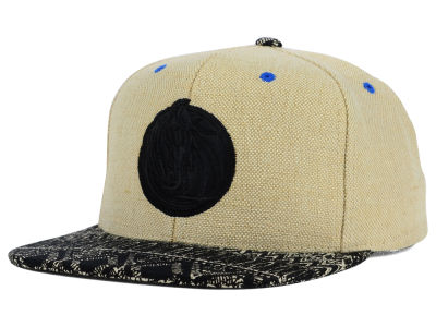 Dallas Mavericks Mitchell and Ness NBA Hemp Crown Strapback Cap