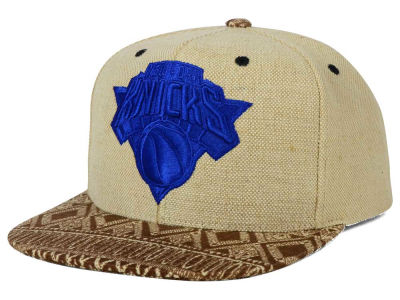 New York Knicks Mitchell and Ness NBA Hemp Crown Strapback Cap