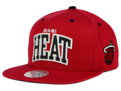 Miami Heat Mitchell and Ness NBA Reflective Arch Snapback Cap