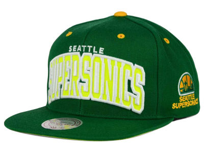 Seattle SuperSonics Mitchell and Ness NBA Reflective Arch Snapback Cap