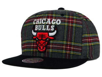 Chicago Bulls Mitchell and Ness NBA Plaid It Snapback Cap