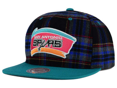 San Antonio Spurs Mitchell & Ness NBA Plaid It Snapback Cap