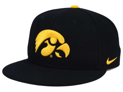 Iowa Hawkeyes Nike NCAA True Hardwood Seasonal Cap