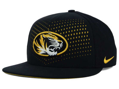 Missouri Tigers Nike NCAA True Seasonal Snapback Cap
