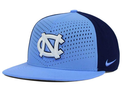 North Carolina Tar Heels Nike NCAA True Seasonal Snapback Cap